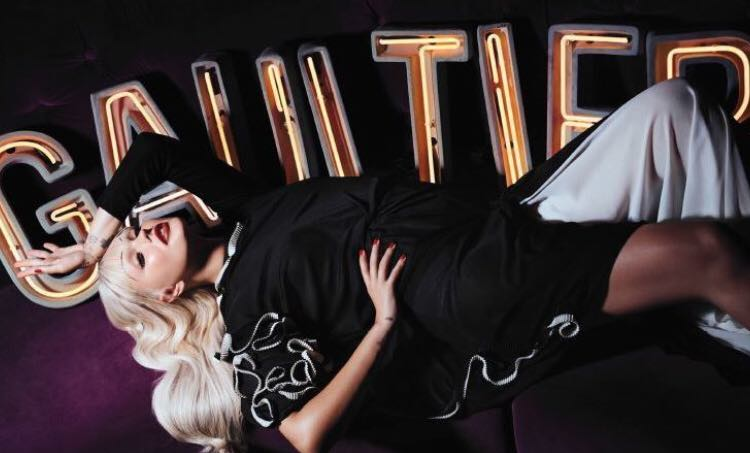 Jean Paul Gaultier nu va mai folosi blănuri în colecţiile sale