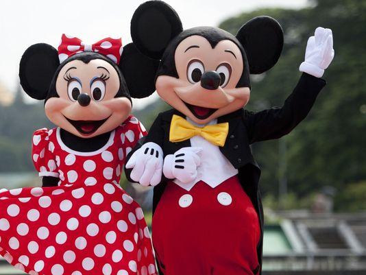 Minnie și Mickey Mouse îi așteaptă pe cei mici la Taverna Gruiu