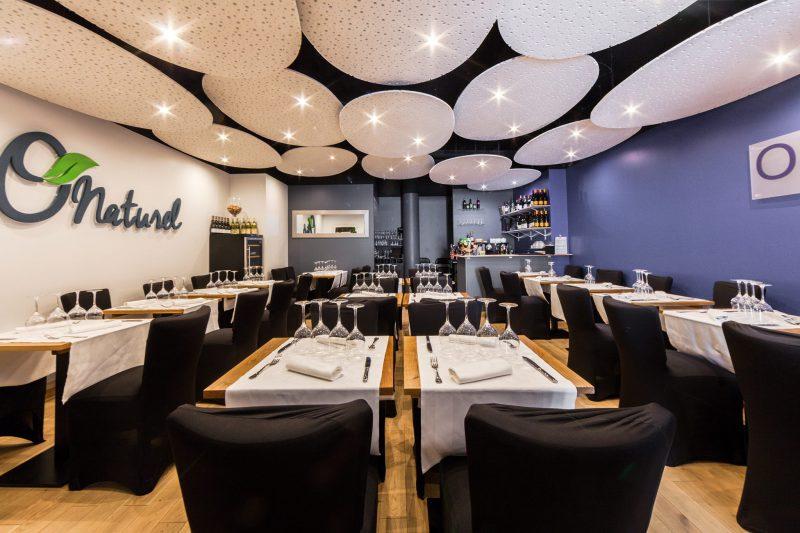Unicul restaurant pentru nudiști din Paris se închide