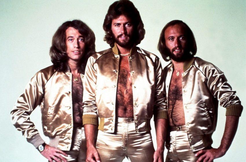 Se pregătește un film biografic Bee Gees
