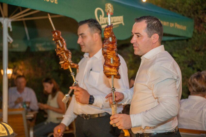 Cuţitu d'Argint se reinventează la Ploieşti! Restaurantul unde mănânci ce doreşti şi cât doreşti şi-a schimbat locaţia!